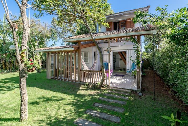 Nice2story house near the beach - Florianópolis - Casa