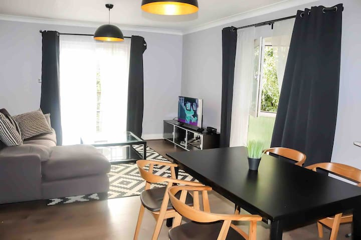Lovely home+Free parking+Central London