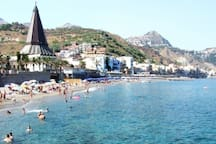 Five minutes from the seafront (San Giovanni area)