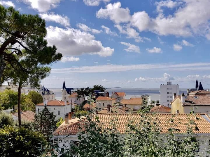 ROYAN - QUARTIER DU PARC - SPLENDIDE APPARTEMENT VUE MER - ACCES WIFI - FR-1-305-1476