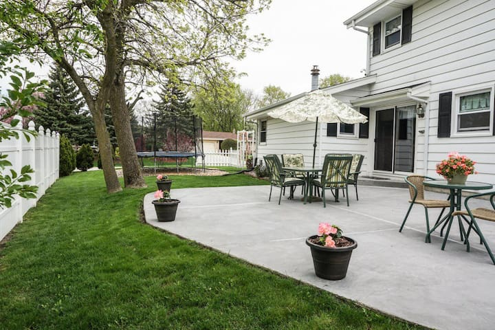 Family, Kids friendly house in New Berlin - Milwaukee - House