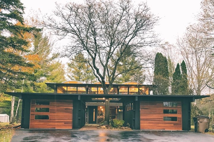 DNC - ONE OF A KIND, MID CENTURY MODERN/FULL HOME