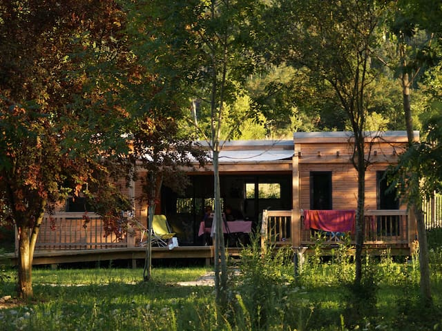 CosyCamp Cottages for 6/8 persons - Chamalières-sur-Loire - Pondok alam