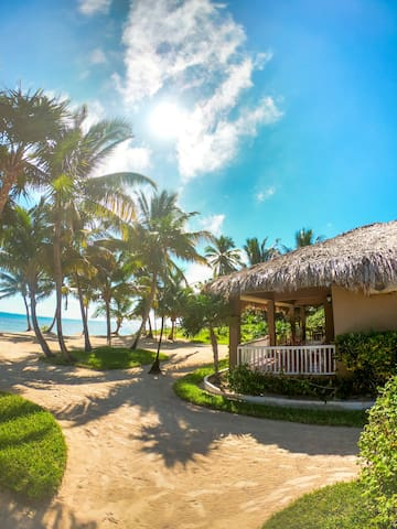 Beach front villa sleeping up to 6