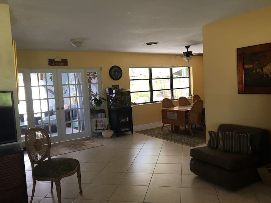 The home has an open floor plan for lots of space.  And the air conditioning is great -- mandatory in Florida.
