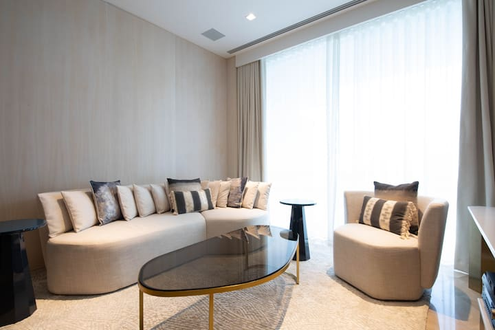 Experience the Glamour of the FIVE Palm Jumeirah