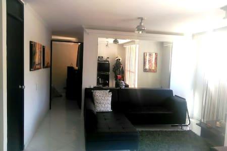 Apartamento en el Corazón de Envigado - Envigado