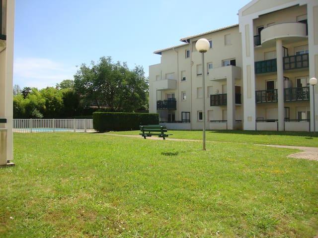 STUDIO Bayonne/Anglet dans residence avec piscine