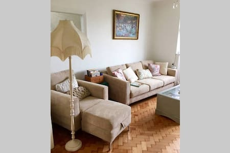 Room Slps 3, wifi, Parking - Southwick