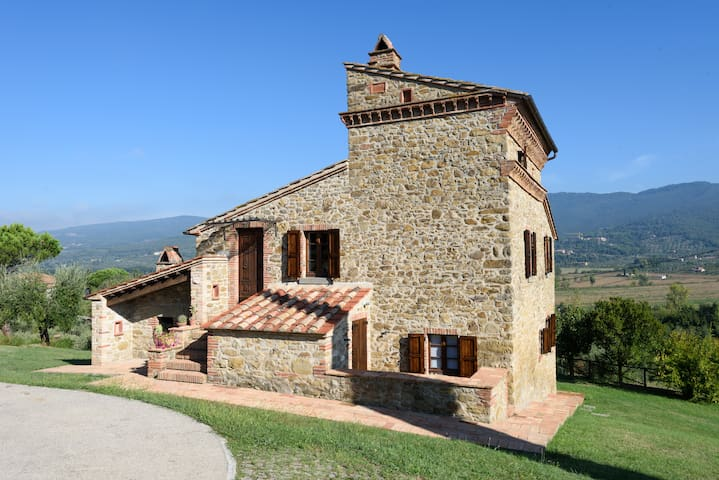 Historic Country Villa in Umbria - Passignano Sul Trasimeno - Vila
