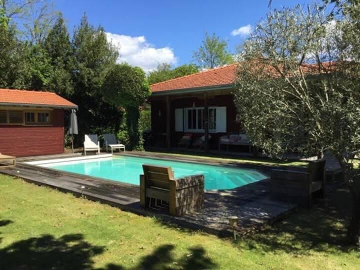Agréable maison en bois 200 m2 Arcachon LA HUME