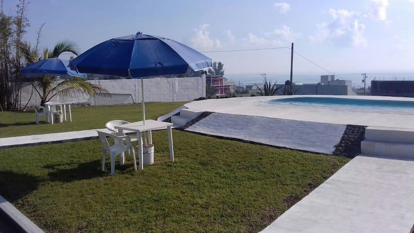 Ven al Hotel Azulejos y disfruta de la Playa !!!