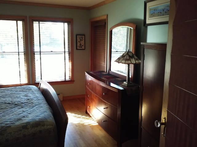 Lake Champlain Home's King Bed Main level Bedroom