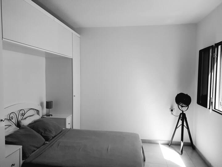 La Casa Blanca - 2 bedroom house Central Corralejo
