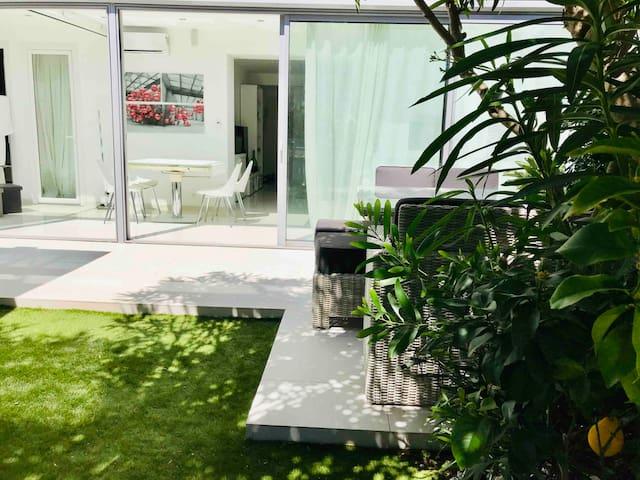 Apartment w/garden beachfront Croisette PalmBeach