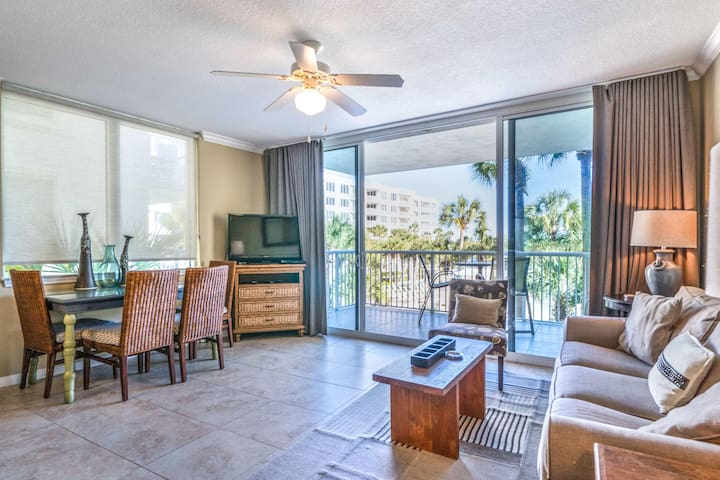 Sandpiper 308-1Bedroom plus bunk bayside with private balcony off master
