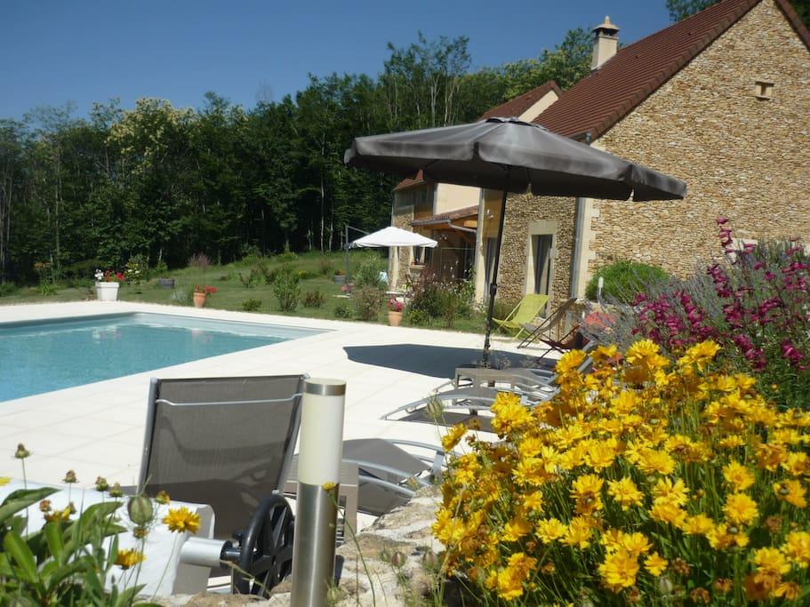 Chambre d 39 h tes hypnose avec piscine proche sarlat for Chambres d hotes herault avec piscine