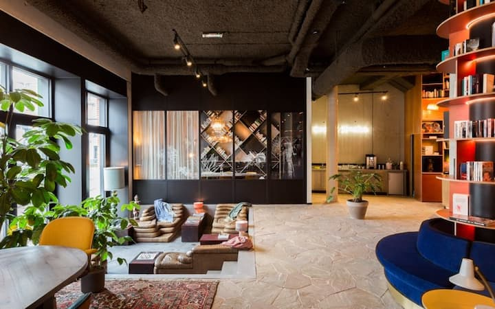 YUST Antwerp - Deluxe Room