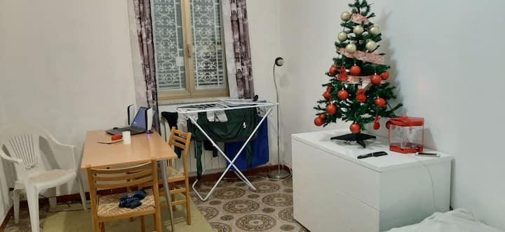PRIVATE STUDIO HOME