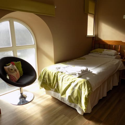 Pisgah Guesthouse: Single Bedroom En-Suite