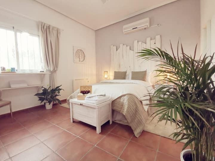 Sycamore Room, Shared Bathroom, Countryside Views