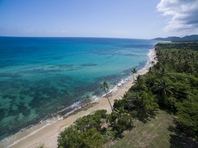 5 Acre Paradise on Caribbean Sea - Vieques - Hus