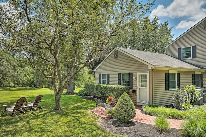Charming Bucks County Retreat ~ 4 Mi to Downtown!
