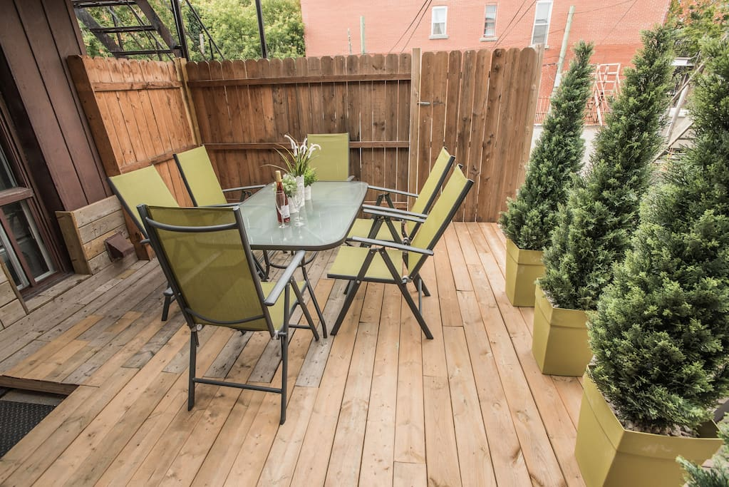 Your own sunny patio with BBQ!!