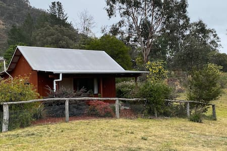 Pantoney's Cabin at Longridge in Capertee Valley
