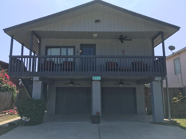 Fantastic 3 Bedroom with pool - South Padre Island - Dom