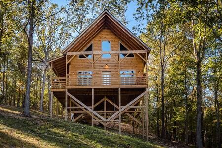 Enjoy the American Buffalo Cabin!
