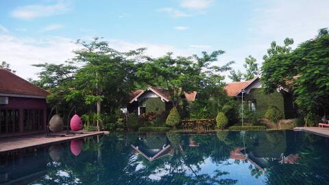 Chiang Mai Royal Creek Hotel