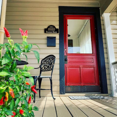 Welcome to THE RED DOOR circa 1880 - Downtown Pensacola!