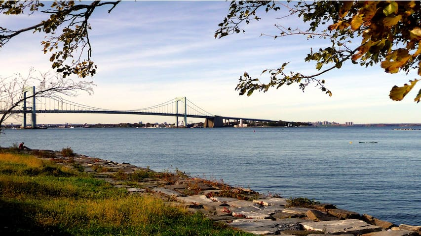 View of Throgs Neck Bridge at end of jogging path.
