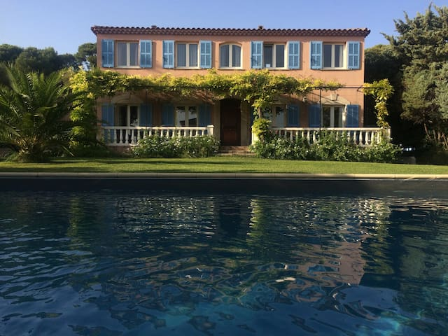 Grande villa pour réunion famille - Martigues - Rumah