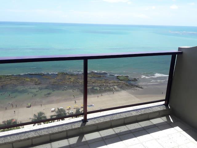 Flat no Edf. Golden Beach Frente para o Mar. - Jaboatão dos Guararapes - Betjent leilighet