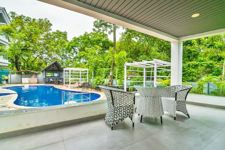 The Greater Stay With Pool Near Vagator Beach RR