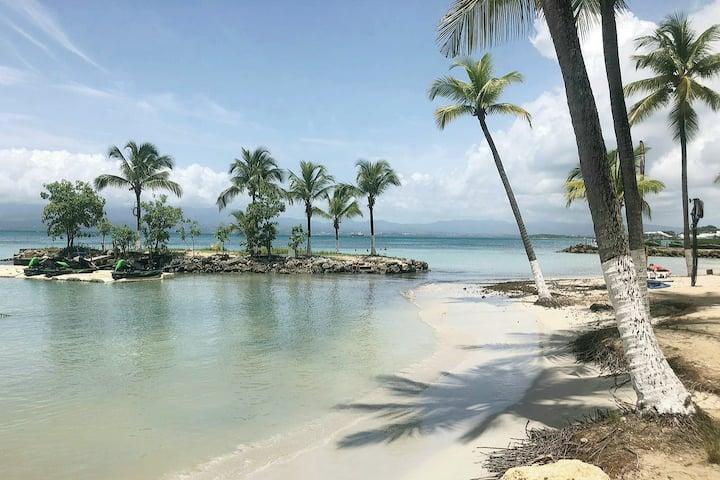 YUCCA FLOW - T1 de charme accès privé plage Gosier