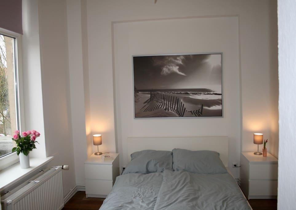 1. Schlafzimmer / Doppelbett 140 x 200