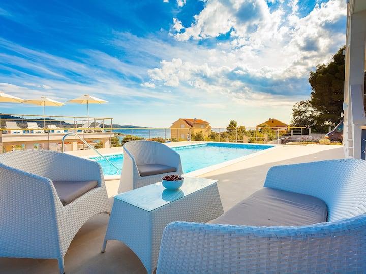 Villa ABBA, appartment I -Antonija, 80m from sea