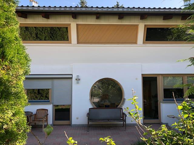 Wohnstrasse 11 - Wohnhaus 150m2 mit Terrasse