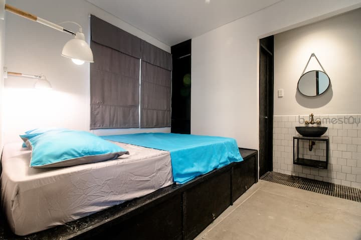 DOUBLE ROOM#2 Near Chinatown Dist. in B-HOMESTAY