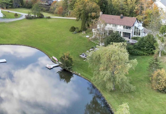The Manor-Stunning Modern Farmhouse & Swim Pond