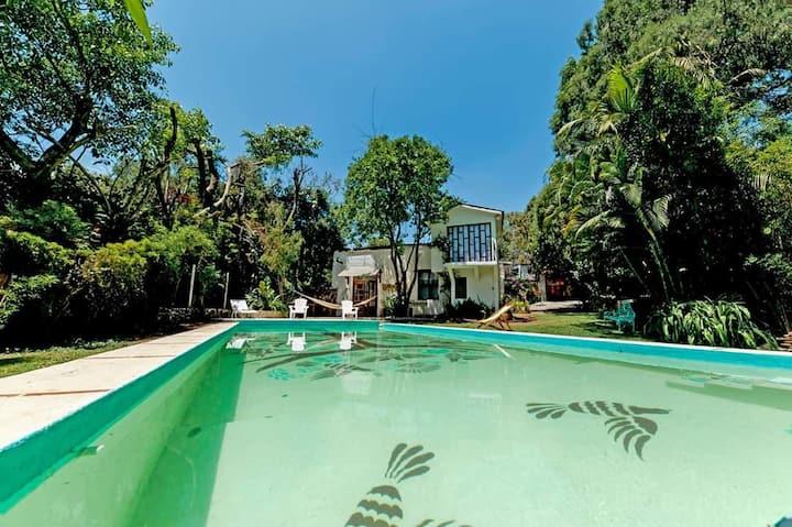 Casa del Poeta - oasis de paz en Tepoztlán centro