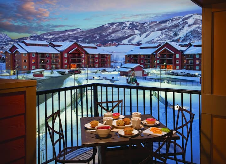 ✦LUXURY RESORT at WYNDHAM STEAMBOAT SPRINGS✦ 2 Bedroom Deluxe Suite minutes away from Routt National Forest!!