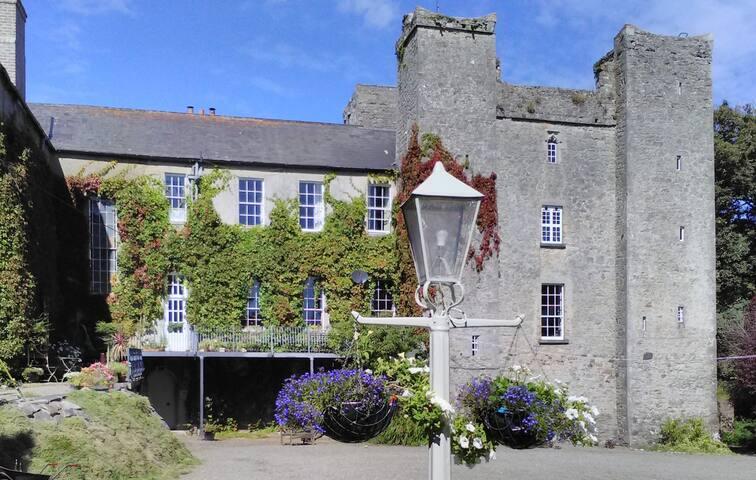 Events Trim Castle Hotel Meath - Trim Castle Hotel