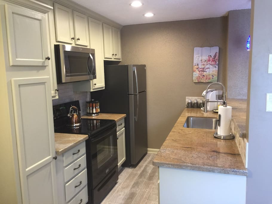 Less Than 1 Mile To A M 2 Bedroom 1 Bath Apt Apartments For Rent In College Station Texas