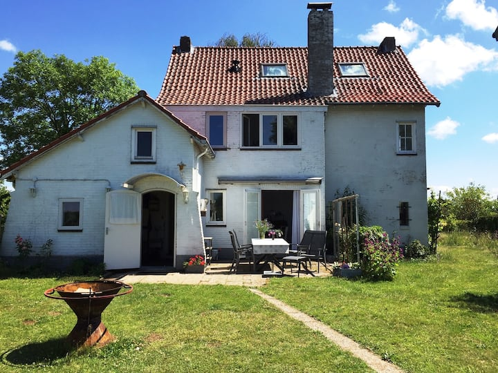 Spacious and charming house nearby Maastricht.