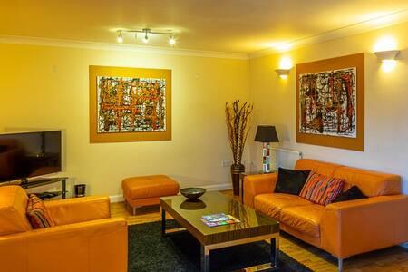 Augusta Court - City Centre Serviced Apartments