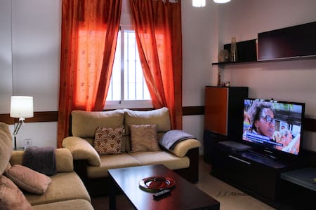 1 Single room, 3 double rooms
